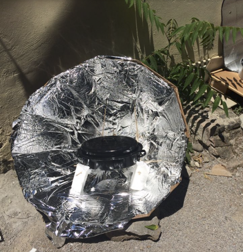 Cardboard solar concentrator (type of solar cooker) Capture d e cran 2018-06-21 a 00.27.09.png
